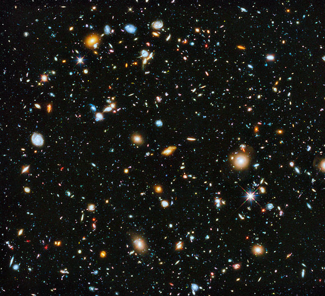 640px-NASA-HS201427a-HubbleUltraDeepField2014-20140603