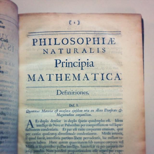 newton-principia-book