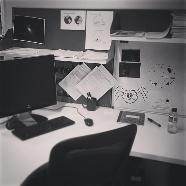 aao-desk