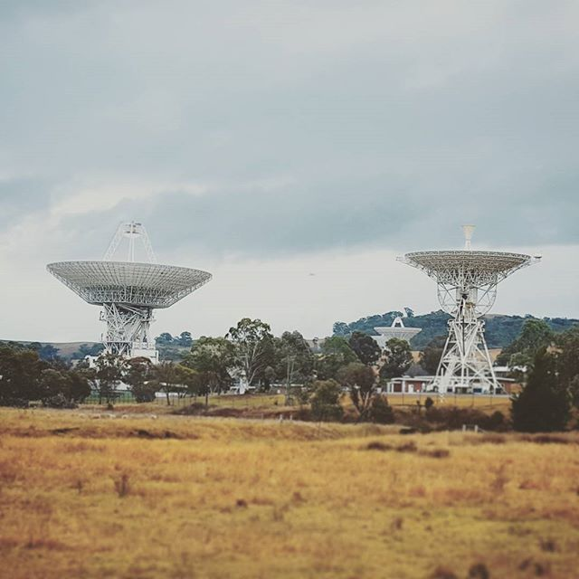canberradeepspace-telescopes-dishes