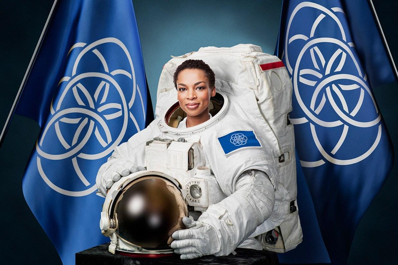 earthflag-astronaut-flags