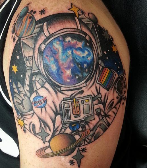 tattoo-astronaut-planets