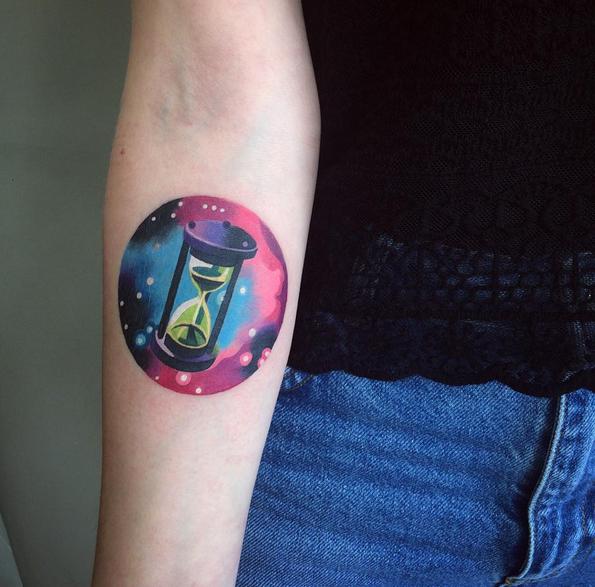 tattoo-hourglas