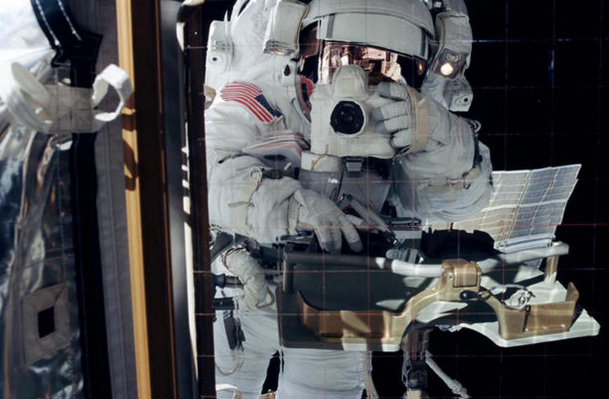 første astronaut i verdensrommet